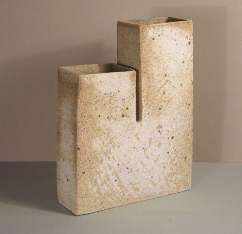 a897a384714e0ef6d2e6af942535e3c0-ceramic-vase.jpg