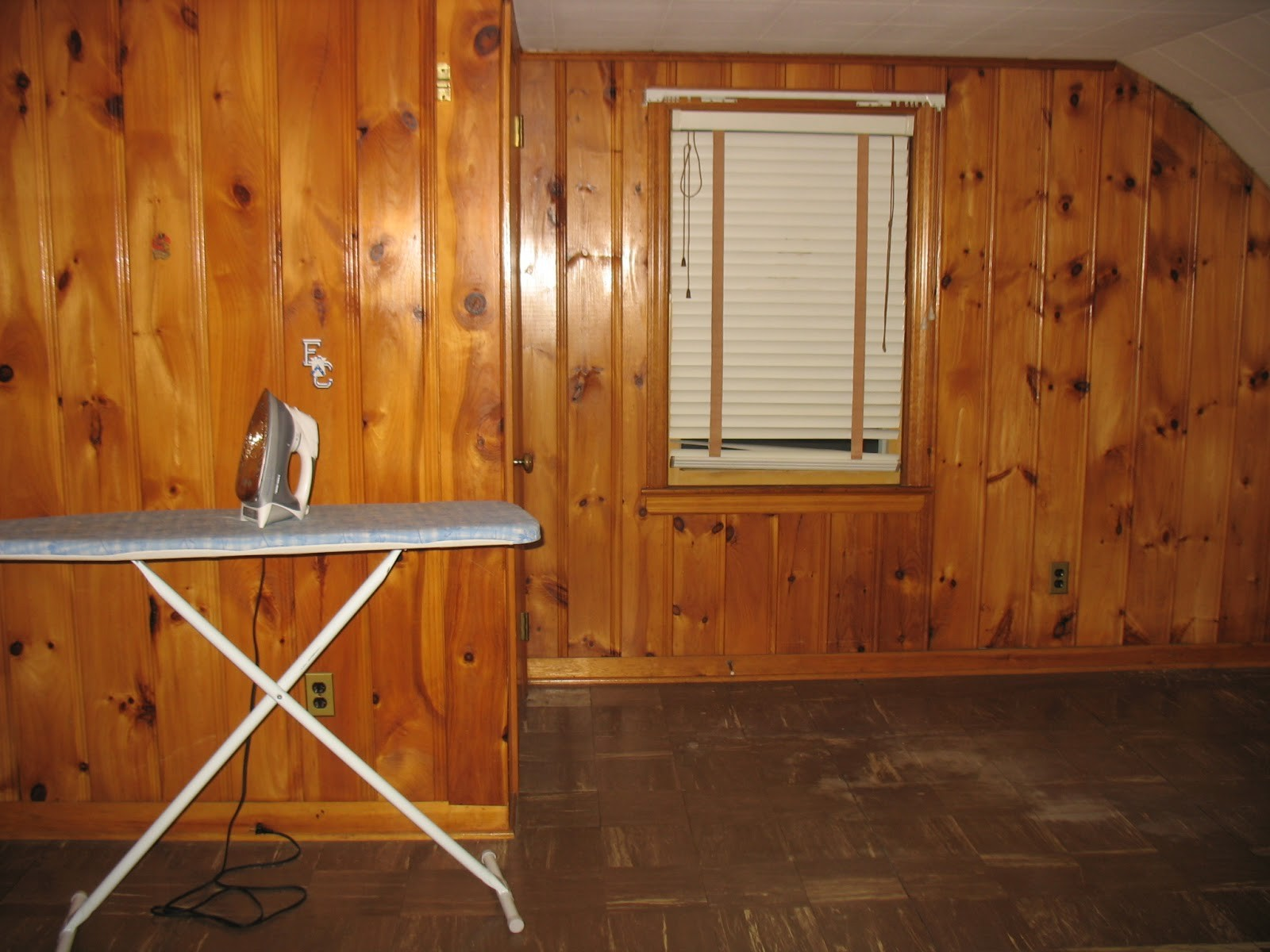 now-paint-paneling-while-not-hard-job-there_215646.jpg
