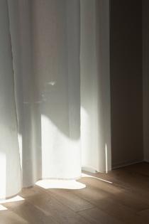 aplace_a-place_apartment_warsaw_thisispaper_studio_design_curtain_sun.jpg
