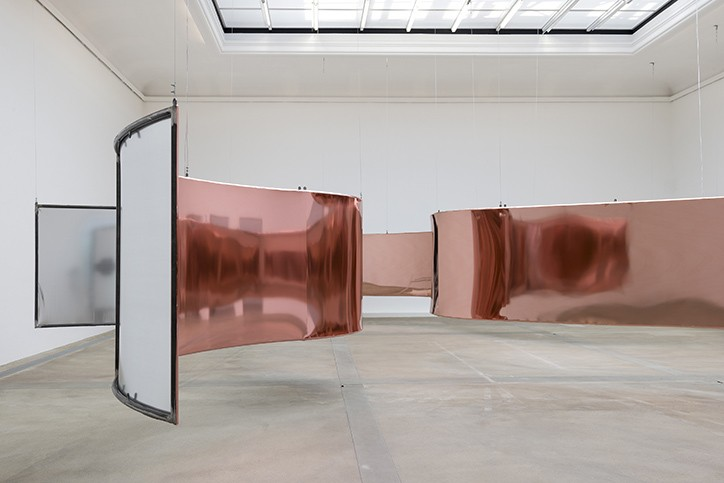 hannahperry-gush-exhibition-it-snicethat-3.jpg?1533049576