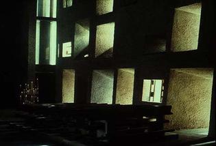corbusier_chapel-windows.jpg