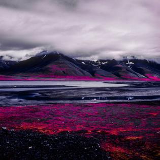 Arctic-Landscape-Transformed-into-Infrared-Paradise-by-Daniel-Zvereff-06.jpg