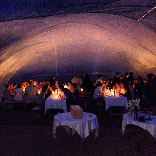 Inflatable-Wedding-Dinner.png