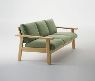 jasper-morrison-bruno-sofa-and-armchair_8lr4.jpg