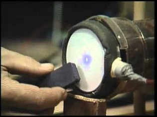 How Stuff works! CRT Cathode Ray Tubes (Televisions) FOCUSED ELECTRON BEAM!