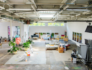urs-fischer-brooklyn-studio-1.jpg?resize=770-581-ssl=1