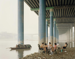 Nadav Kander - Chongqing IV (Sunday Picnic), Chongqing Municipality