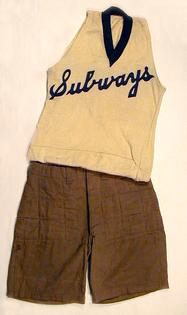 vintage-basketball-uniform-1900s.jpg