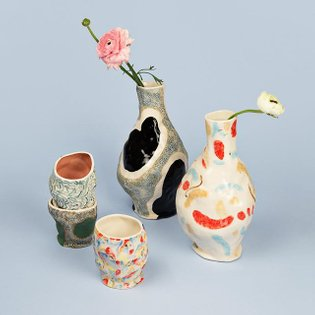 Jessica Hans is a US based ceramic artist. Her vase and mug collection for HAY combines irregular forms with sporadic patter...