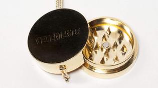 vetements_weed_grinder_necklace_open_wide.jpg