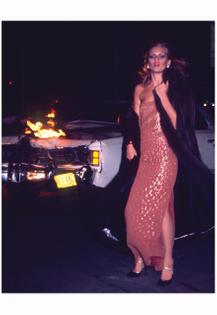 patti-hansen-nightlife-is-your-dior-dior-ad-christian-dior-fur-collection-1976-photo-chris-von-wangenheim-4b.jpg