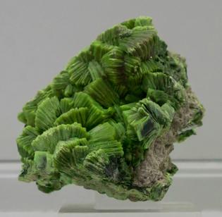 gems-minerals-106-.jpg