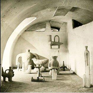 #SalvatoreFiume ceramics in #Canzo, Italy c. #1950 - image via fiume.org #mondoblogoarchives