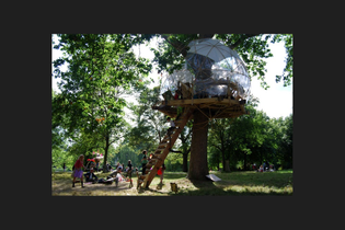 the_treehouse_gallery_2.jpg